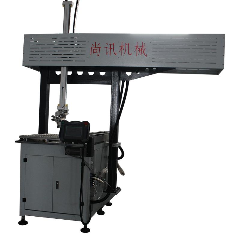 数控自动送料机械手